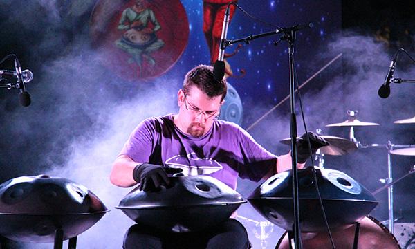 biographie-GUITOTI-handpan-hang-concert-live-cours-masterclass-musique